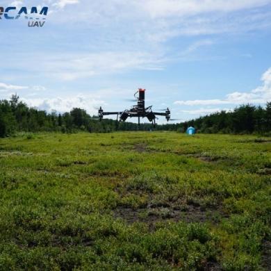 Deux membres du Centre d'excellence sur les drones s'allient pour un projet d'agriculture de précision